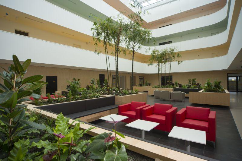 atrium v budově B